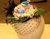 Raggedy magpie nest hat