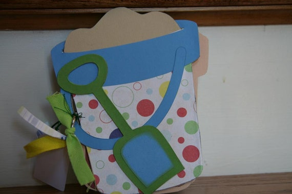 Beach pail scrapbook album - great to remember your beach vacation