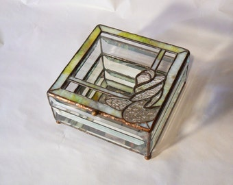 The Embrace Crystal Box
