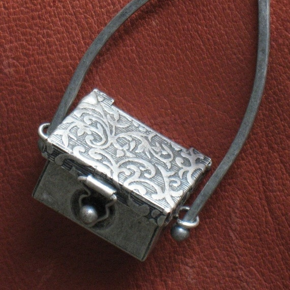 Secret metal chest pendant, FREE ONE ball chain Antiqued silver textured finish Latch opening Three tiny game dice Arched connection