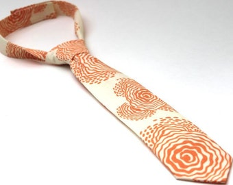 Boy's Tie - Peach and Cream Poppies