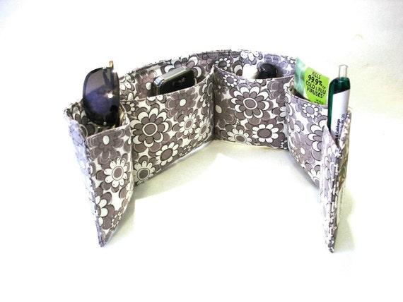 Purse bag organizer pockets insert, grey white modern floral, medium size