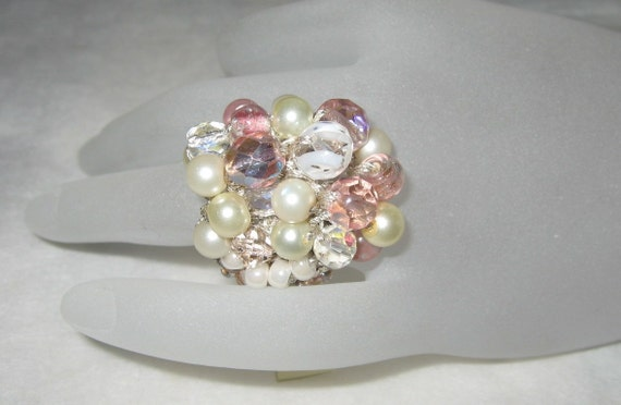 COTTON CANDY- Pink Champagne and Pearls BLING BLING Cluster Flower Hand Knit Ring
