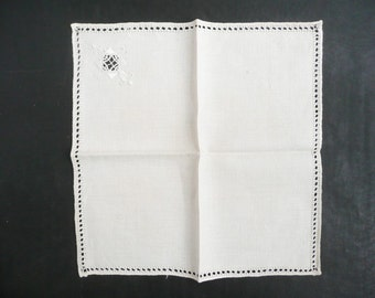 4 Edwardian or Victorian Napkins With Embroidered Openwork -- Linen