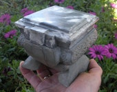 Bangin  concrete trinket box, grey and marbled