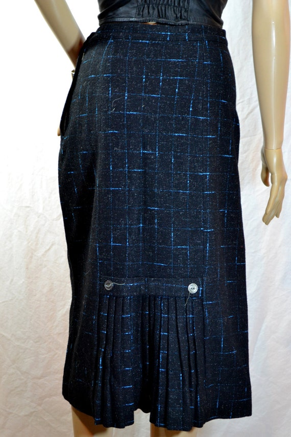1940's Hand Taylored WOOL SCHOOLGIRL SKIRT Black & Blue high waist pleated plaid small / medium
