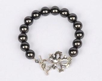 Sterling Silver Oak Leaf and Black Pearl bracelet