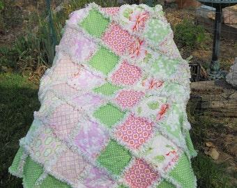 Baby girl rag quilt,  reversible, Heather Bailey, Tanya Whelan, Barefoot Roses, pink, green