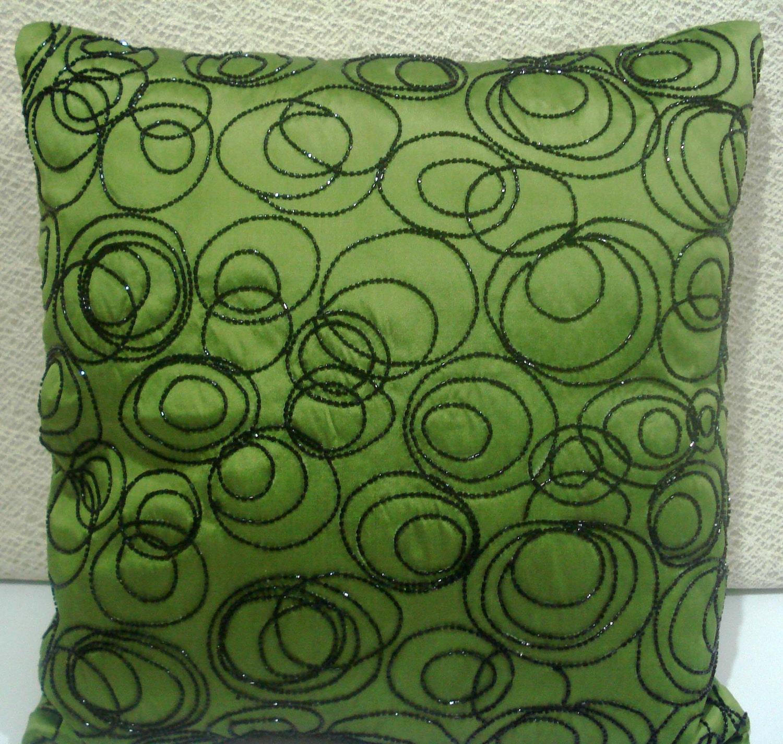 decorative pillow in green /black funky circle taffeta cushion