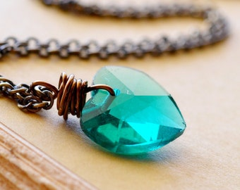 Teal Heart Necklace, Teal Green Heart, Peacock Green Crystal Necklace, Crystal Jewelry, Heart Jewelry for Valentines Day, Antiqued Chain