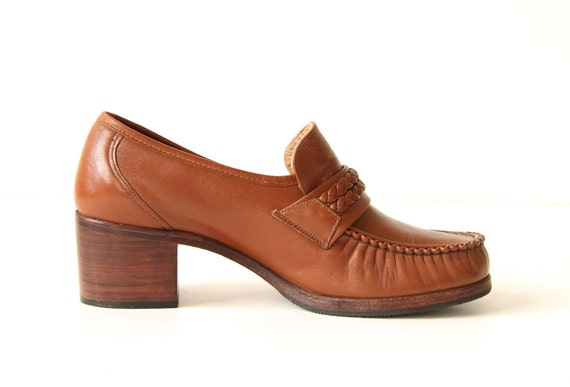 Kinney Shoes Leather Loafers with Braid Detial