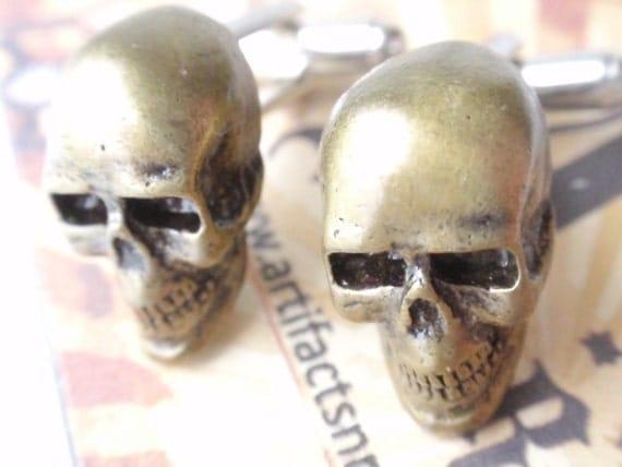 Skull cufflinks Antiqued Brass Skull Cuff Links