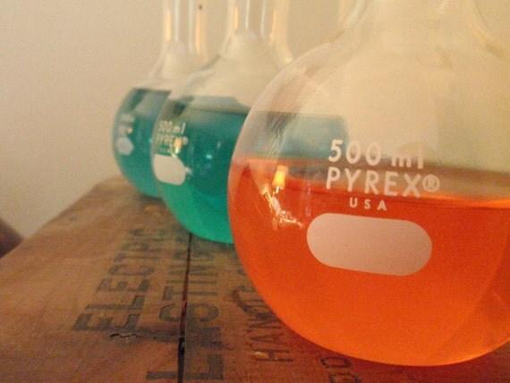Vintage Lab Flask Beaker Mad Scientist Glass Vase Apothecary jar bottle boiling flask florence flask 500ml