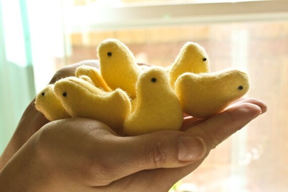 The Mini Duckling Duckie - Tiny Plush Toy Friend