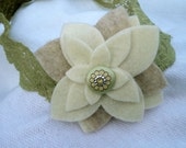 Felt flower headband with olive stretch lace