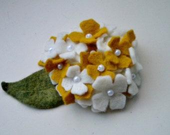 Felt hydrangea flower applique - set of 2