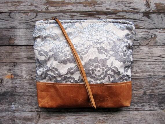 SHINE - La Dama Metallic Silver Lace