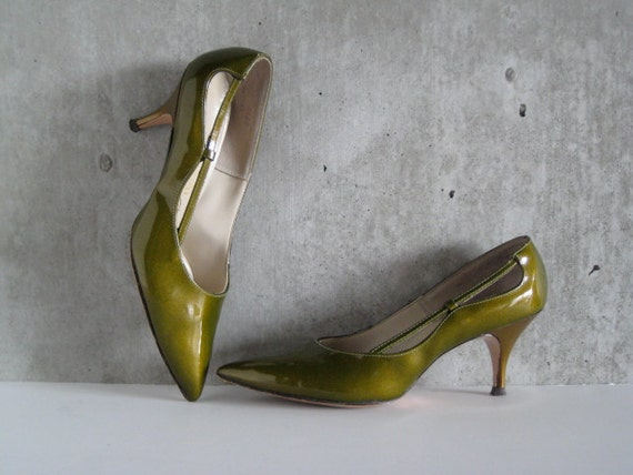 50s VINTAGE Diletto by Delmar heels hand crafted custom made green patent gold shimmer contrasting gold heel excellent condition size 7