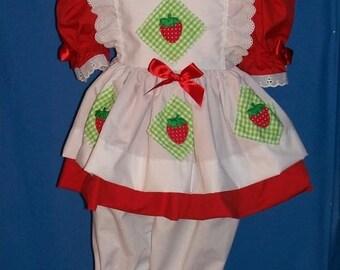 OOAK Boutique Strawberry Shortcake Eyelet Set