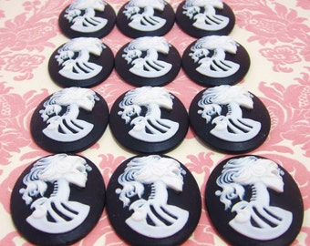 30x40mm Set Of 12 Day Of The Dead Lady Skull Cameos