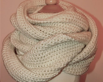 All Day Loop Scarf....Ivory