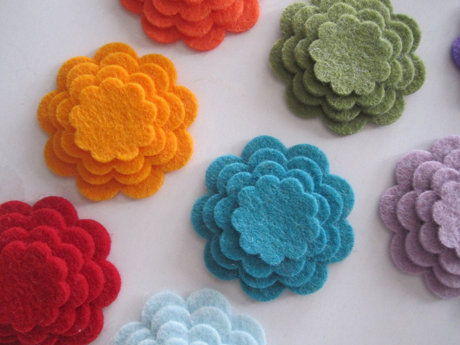 Scalloped Wool Felt Flowers You Choose by BloomingWhispers on Etsy
