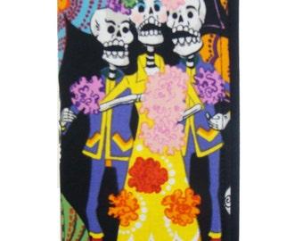 US Handmade Wallet with los  novios  skeleton exterior us handmade alexander henry fabric, New, Rare