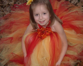 Tropical Halter tutu Dress..Sizes 2-3 years old..Plus a FREE Flowerclip...