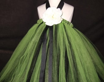 Apple Green Tutu Halter dress...sizes - 2-3 years old..Plus a FREE Flower clip