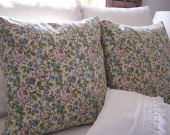 Viintage Cottage Floral Pillow Cover