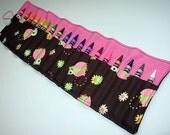 Crayon Keeper Roll Owls holds 18 crayons 8 Crayola crayons included