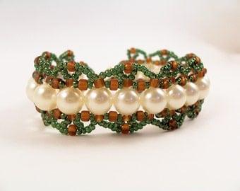 Pearls & Scallops Bracelet, Beading Tutorial in PDF