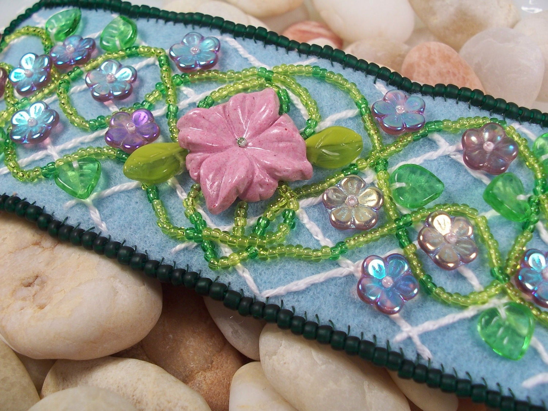 Lattice flower embroidery cuff bracelet beading tutorial