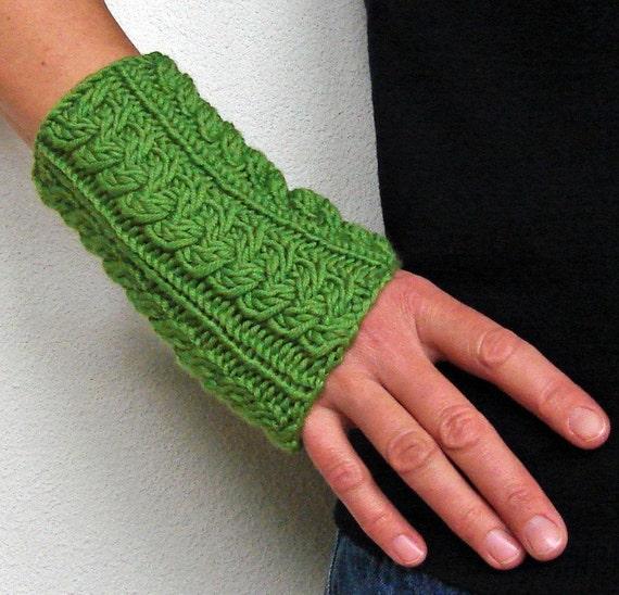 Green Wool Wrist Warmers