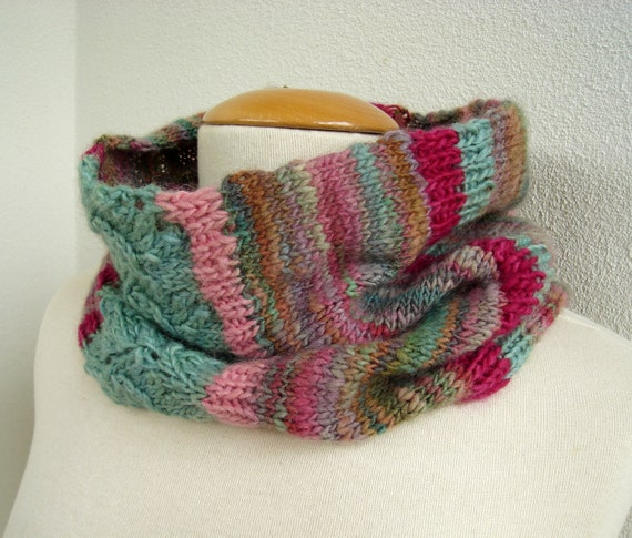 Knitting pattern - Warm Winter Cowl