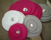 Flower Brooch...corsage...pin...felt...Five Flower Cluster Pin (pink,grey,white)