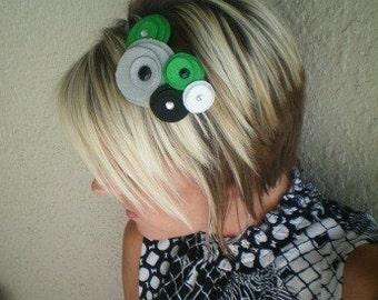 Headband...Flower...felt... Five Flower Cluster Headband (mod green)