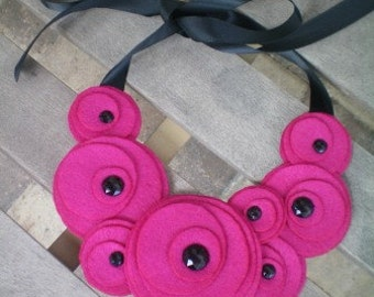 Necklace...bib...felt...Flower Swirl Necklace (fushia)