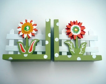 personalized flower bookends,orange,green,white,flower bookends,personalized bookends,girls bookends,kids bookends,childrens bookends,