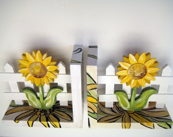 Yellow sunflower bookends,personalized bookends,sunflower bookends,wooden bookends,hand painted,customized bookends,yellow and brown,
