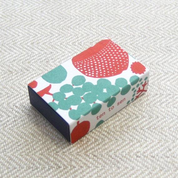 Classiky 20 Beautiful Letterpress Mini Cards in a super cute Matchbox---Apple and Pear