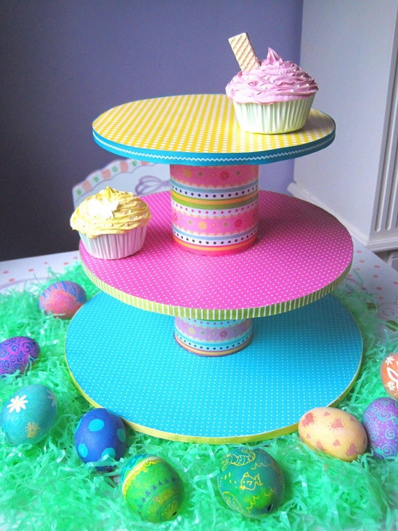 CUPCAKE TOWER - SpRiNg TiME CoLoRs ---- Holds 24-36 REAL Cupcakes - GREAT FOR EASTER
