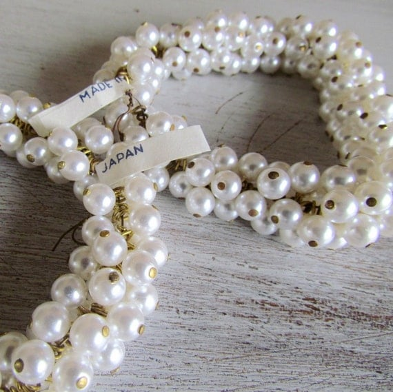 8mm Vintage Glass Pearl Bead Drops, Looped (20)