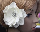 Ivory bridal hair flower clip wedding headPiece Bridal crystal hair comb - Venus Gardenia