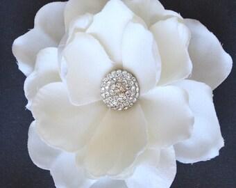 Gardenia Hair flower clip wedding headPiece Fascinator creme cream Swarovski crystal rhinestone hair comb - Vera