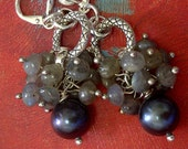 Stars in the evening Sky - Midnight Blue Freshwater Pearl and Labradorite Cluster Earrings (EA-01)