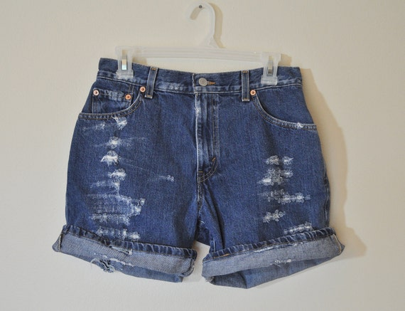 VINTAGE LEVI'S SHORTS - Urban Style Denim Distressed  High Waist  Vintage Shorts -  Size 8 (30)