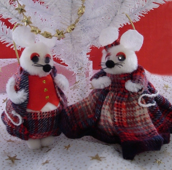 Christmas White Mice Ornament Pair, Boy Girl Couple in Red Plaid Clothes