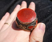 Impressive Red Enamelled Tribal Ring - Kuchi Bedouin Ethnic - Bold and Intense: A True Eye Catcher to Add to Your Wardrobe