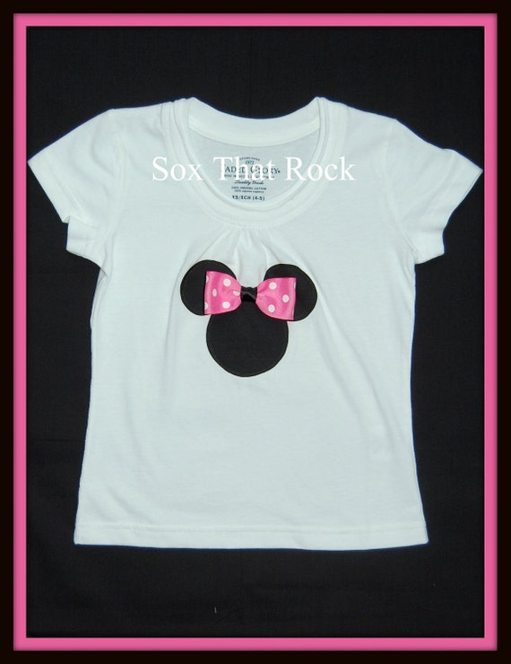 8 DoLLARS...READY to Ship-Minnie Mouse  Applique Tee Shirt-WoW...Perfect for A Disney Vacation-Choose from 2 Styles ..Teen Size 14/16 Only